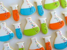 Nom your science. Beakers and Test Tubes Cookies with cute nonpareils bubbles.
