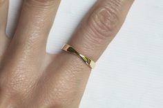 Gelbe Eheringe aus Gold Gold Damen Ehering einfachen von MinimalVS