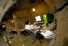 Verdens Fedeste Kontorer - Se hvordan nogle af de mest unikke kontorer i verden ser ud. Har du tænkt over hvor vigtigt et inspirerende arbejdsmiljø egentligt er?