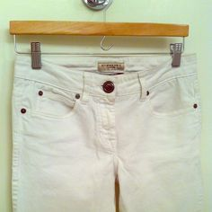 Burberry White Skinny Jeans Skinny-cut and stylish zippers at the bottom~ <3 Burberry Jeans Skinny