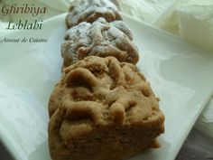 ghribiya, gateau algerien 2012 Coco, Biscuits, Deserts, Cooking Recipes, Cookies, Sweet, Html, Kitchen, Blog