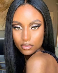Fresh skin and bushy brows haul the makeup trend into says Caroline Barnes. 90s Makeup, Glam Makeup, Skin Makeup, Bridal Makeup, Beauty Makeup, Hair Beauty, Black Girl Makeup, Girls Makeup, Makeup Trends