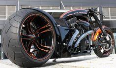 Elfuego, drag racing custom bike from Europe.