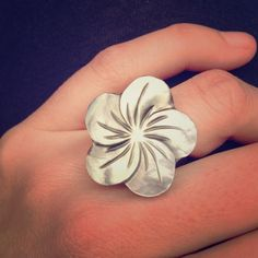 One available! Mother of pearl plumeria ring! Handmade in Bali, Indonesia from gorgeous mother of pearl, this plumeria design is stunning for summer time:) available in size 8:) Happy shopping:) handmade Accessories