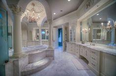 Mansion Bathrooms, Mansion Bedroom, Mansion Interior, Home Interior, Luxury Master Bathrooms, Bathroom Design Luxury, Dream Bathrooms, Dream Rooms, Master Baths