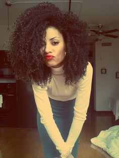 Cute! Natural hair like you don't care;)