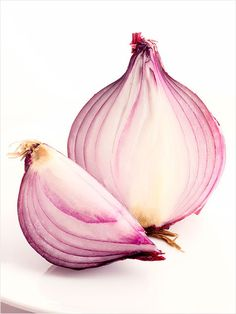 Onion = Bug Bite Soother... Take a slice of onion and rub it directly onto the irritation. The sulphur in onions work right away to fix the itch.