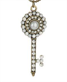 cute key necklace...