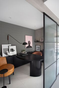 Small Office Design, Cool Office Space, Office Interior Design, Office Interiors, Interior Design Magazine, Office Table, Home Office Decor, Home Decor, Office Sofa