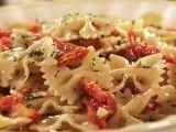 Farfalle con Acciughe e Pomodori Secchi (Farfalle with Anchovies and Sun-Dried Tomatoes) - Extra Virgin