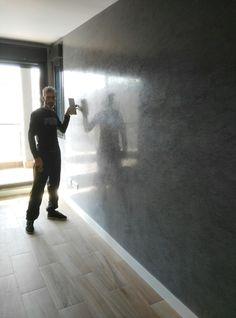 Trabajo a empezar:29 de Octubre del 2016 (Trabajo Terminado 31-10-2016) Estado paño salón:Paredes lisas en plástico color gris oscuro Trabajo a Realizar: Pintura decorativa Estuco Mitiko color …