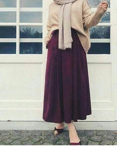 Super fashion hijab syari casual 57 ideas Source by hijab Hijab Style Dress, Modest Fashion Hijab, Street Hijab Fashion, Casual Hijab Outfit, Hijab Chic, Modest Outfits, Skirt Fashion, Modest Dresses, Fashion Outfits