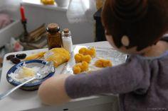 Baking saffron buns