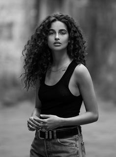 Chiara Scelsi - Le Management in 2019 Hair Inspo, Hair Inspiration, Curly Hair Styles, Natural Hair Styles, Natural Curls, Wavy Hair, Hairstyle For Curly Hair, Curly Hair Model, Dry Curly Hair