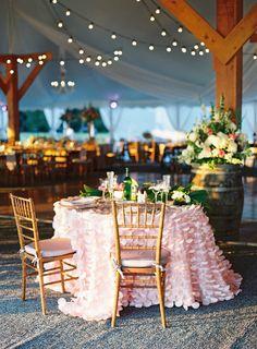 Get Help Planning Your Perfect Wedding Day Ruffled Tablecloth, Wedding Flowers, Wedding Day, Wedding Verses, Table Wedding, Wedding Gifts, Wedding Anniversary, Summer Wedding, Wedding Reception