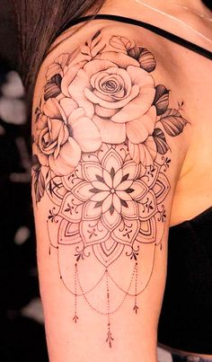 Girl Arm Tattoos, Upper Arm Tattoos, Dope Tattoos, Body Art Tattoos, Tattos, Rose Tattoos For Women, Tattoos For Women Half Sleeve, Shoulder Tattoos For Women, Feminine Tattoo Sleeves