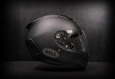matte carbon, private eye…this looks cool! Bell Helmet, Helmet Head, Motorcycle Helmets, Motorcycle Parts, Classic Motorcycle, Bike Wear, Custom Paint Jobs, Helmet Design, Bike Accessories