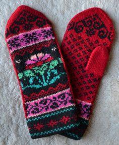 Norwegian Scandinavian hand crafted 100% Wool Mittens, folk art, Fair Isle, flower