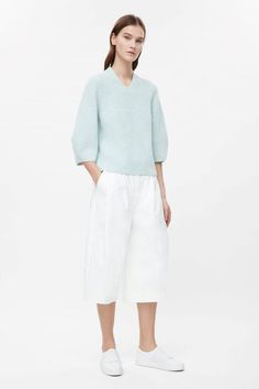 COS | Jumper with voluminous sleeves