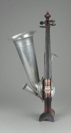Phonographic Violin (Stroh violin)  George Evans & Company, 1900–25