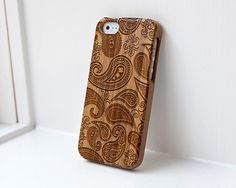 Custom iphone Bamboo case engraved Paisley Simple 34.99