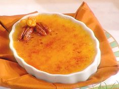 Maple Syrup Creme Brulee recipe from Sara's Secrets via Food Network . Recipe adapted from Jacques Torres Cannoli, Creme Brulee Recipe Food Network, Cleaning Baking Sheets, Maple Syrup Recipes, Pudding Recipes, Small Desserts, French Desserts, Mini Desserts, Frozen Desserts