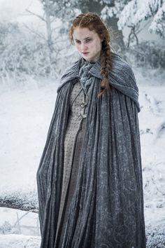 Sophie Turner as Sansa Stark – photo Helen Sloan/HBO (Game of Thrones, Season Sansa Stark, Game Of Thrones Saison, Game Of Thrones Tv, Khal Drogo, Valar Morghulis, Sophie Turner, Costumes Game Of Thrones, Making Game Of Thrones, Jon Snow