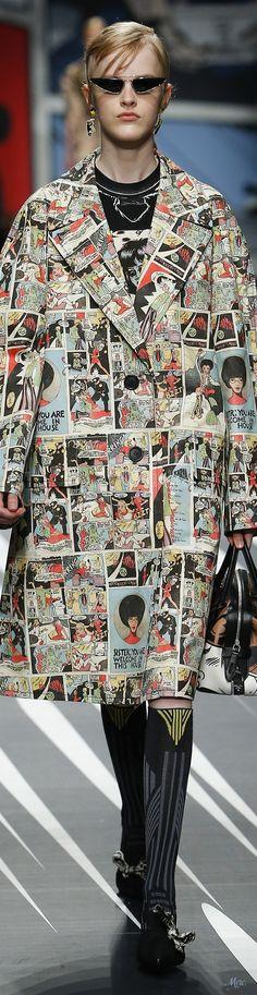 71f218db8fd2 49 Best Comic Book  Magazine Fashion images