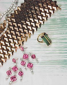 Robb Report, November 2012 featuring Paolo Costagli's 18kt Rose Gold Brillantissimo Bracelet with Diamonds