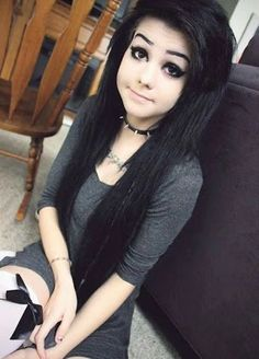 Uploaded by corey pattakos. Find images and videos about emo, scene and black hair on We Heart It - the app to get lost in what you love. Cute Goth Girl, Cute Emo Girls, Goth Girls, Emo Scene Hair, Emo Hair, Scene Girl Fashion, Indie Scene, Cute Young Girl, Scene Girls