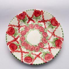 vanja Plates, Tableware, Red, Green, Tablewares, Licence Plates, Dishes, Dinnerware, Griddles