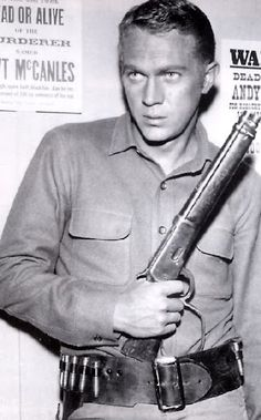"""Steve McQueen in the TV Series """"Wanted Dead Or Alive"""" before he made it big in the movies 1958"""