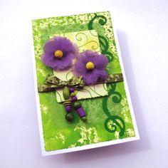Výtvarné zážitky. Violet and green card. Beads, fabric, embossing folder. Water colours.