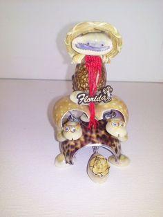 Unique Seashell Figurine. Beautiful Sea Shell Carriage Frog . Handmade 100%