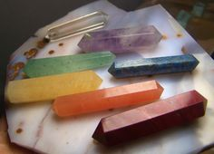 Items similar to Double Terminated Rainbow Chakra stones - crystal polished point set red yellow green purple clear quartz amethyst lapis reiki color wand on Etsy Crystals And Gemstones, Gemstone Beads, Crystal Beads, Pagan Alter, Crystal Grid, Chakra Stones, Green Aventurine, Gems And Minerals, Green And Purple
