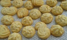 Persze finom is. Sweet Cakes, Winter Food, Cheesecake, Food And Drink, Sweets, Cookies, Desserts, Sweet Recipes, Crack Crackers