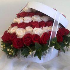 Nuestros clientes están enamorados de las cajas Vicky's Flowers. El poder de la innovación te mantiene en el mercado ideas vanguardistas que permitan que el cliente siempre tenga variedad  y exclusividad en tu servicio!!! NUESTRO TEAM SIGUE BENDECIDO. GRACIAS Y BENDICIONES A TODOS NUESTROS CLIENTES... #MasQueFloresSentimientos #quelasfloresnopasendemoda