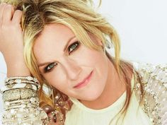 Premiere: Trisha Yearwood's 'Met Him in a Motel Room' via @USATODAY