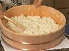 How To Make Sushi Rice, a great video (tutorial).