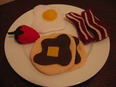 homemade by jill: Felt Food toys