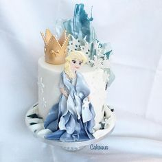Frozen Elsa kakku Elsa Frozen, Snow Globes, Cakes, Disney Princess, Disney Characters, Decor, Elsa From Frozen, Decoration, Cake Makers