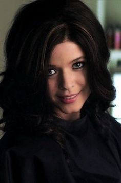 """100 """"Pretty Little Liars"""" Characters Who Could Be """"A"""""""