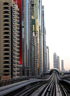 Dubai - metro heading to Emirates Towers by Henry Michel, via Flickr