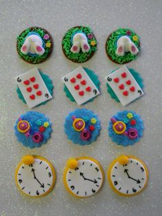 cupcake toppers | Alice in Wonderland Cupcake toppers — Cupcakes!