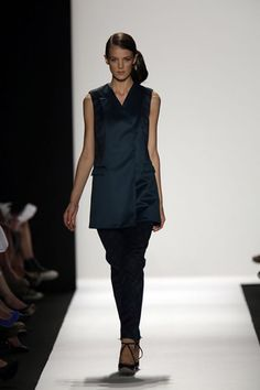 Academy of Art University Spring '13 Fashion Show - Jisun Lee &  Liza Quinones - Look 6