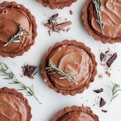 Mini Lindt Chocolate Cream Pies. Get the full article on https://thefeedfeed.com/story-article/thefeedfeed/mini-lindt-chocolate-cream-pies