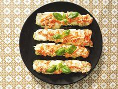 Une pizza complètement #healthy, ça vous tente ? 😉 J'ai testé la fameuse « Courgette Pizza » et honnêtement c'est un vrai régale ! 😍 Si vous ne connaissez pas le concept de la courgette pizza ou si vous voulez découvrir ma propre recette de celle-ci, rdv dès maintenant sur le blog ! (lien direct en bio) 👍✨ #food #healthyfood #courgettepizza #pizza #saumon #foodblogger #frenchblogger #easycooking #recette #cuisinefacile