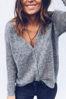 Stylish Vovo Simple 2 Colors Solid Color V-neck Sweater Tops Look Fashion, Trendy Fashion, Autumn Fashion, Fashion Brands, Fashion Websites, Trendy Style, Fashion 2018, Fashion Spring, Affordable Fashion