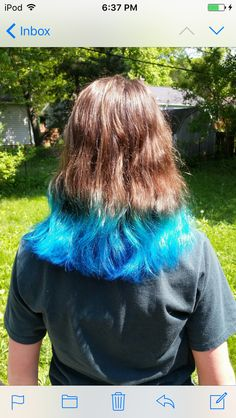 Great blue dip dye hair for summer!✨