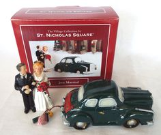 St. Nicholas Square Just Married Village Collection Bride Groom Illuminated Car